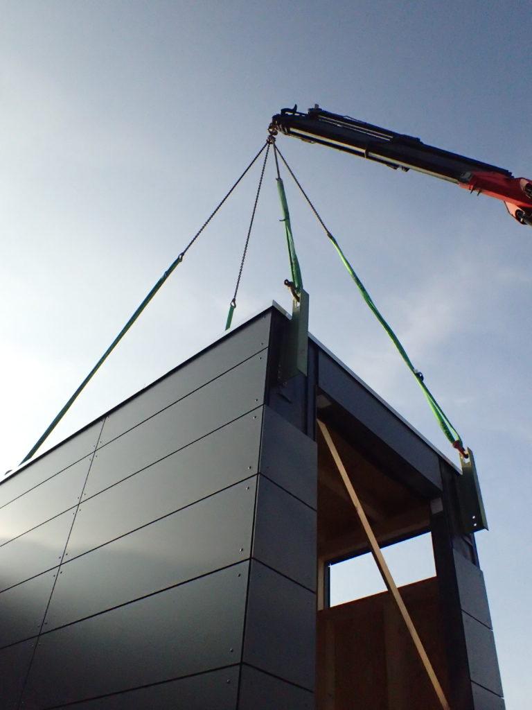 Gartenhaus Kran Transport - moduplan